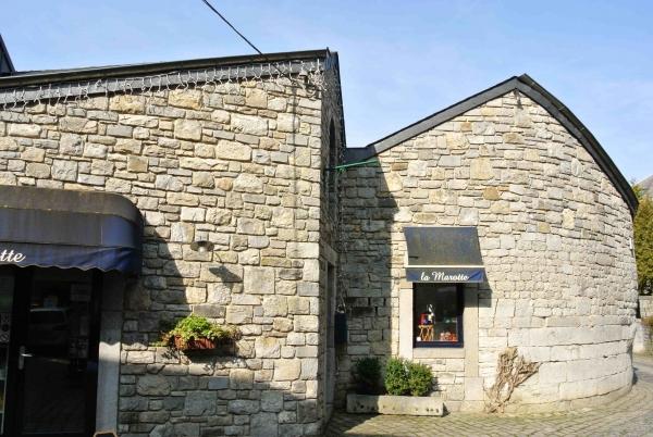 Entreprise r novation maison en moellons pierre gr s durbuy for A la maison de pierre et dominique montreal